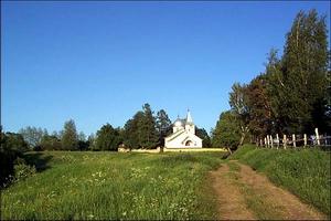 Церковь Св.Троицы в Бехово близ Поленово