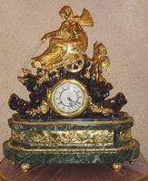 Часы настольные с элементами рокайль