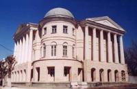 Стиль-ампир, постройка 1812 г. Здание отдела истории