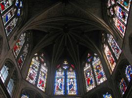 Витражи в церкви Сен-Северен